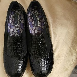 Skechers Patent leather size 10M